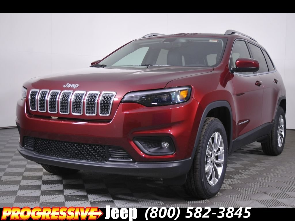 new 2019 jeep cherokee latitude plus sport utility in massillon d90035 progressive chrysler. Black Bedroom Furniture Sets. Home Design Ideas
